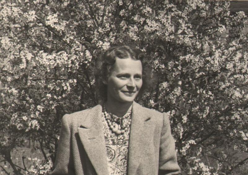 1944 - Gerda Voith von Voithenberg