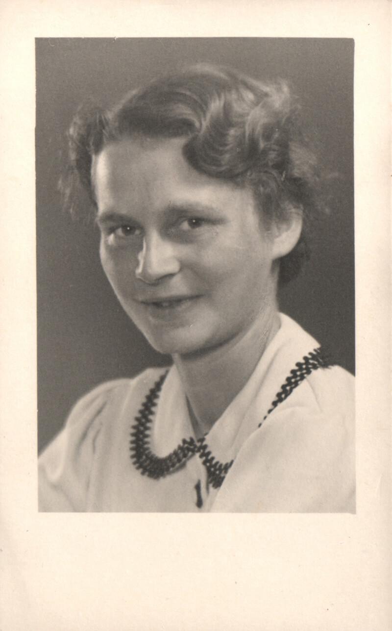 Passbild - Gerda Voith von Voithenberg