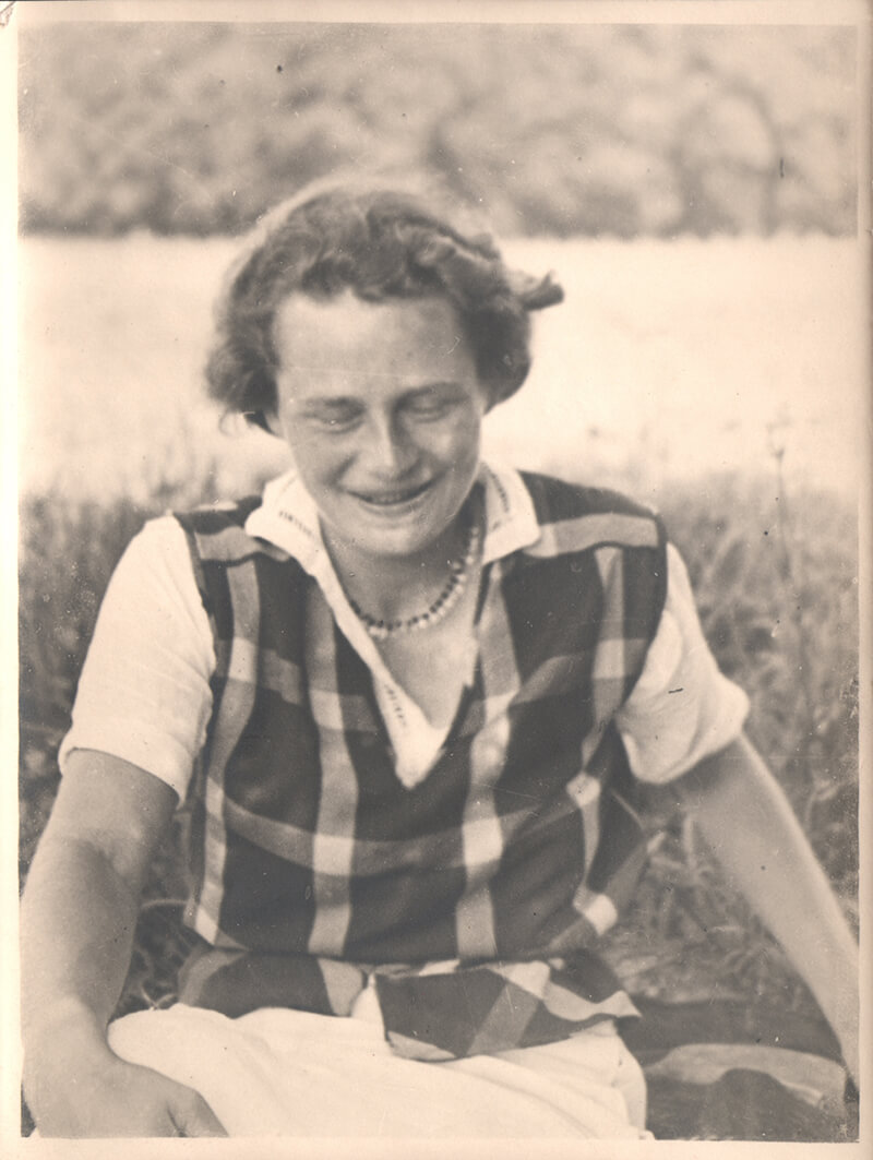 Gerda v. W. 2. August 1934 am Inn bei Wasserburg