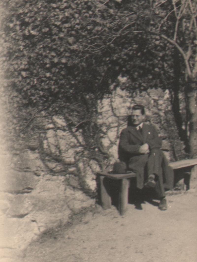 Hans v. V. auf Schloss Tirol am 23. März 1932